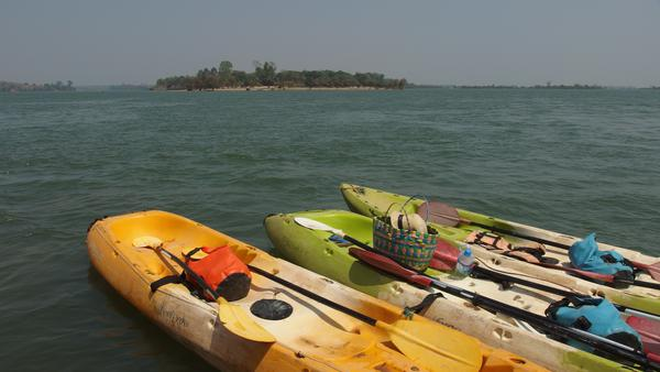 Kayaking- 4,000 islands