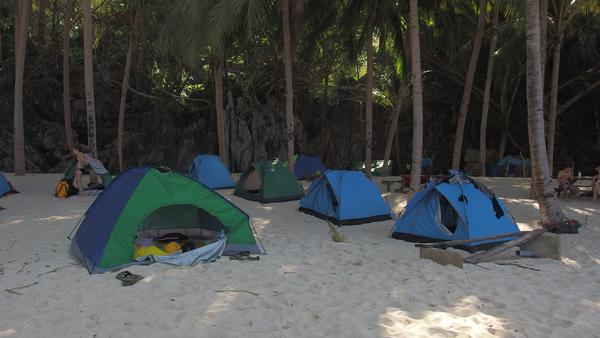 Sleeping in the tents on the beach - El Nido, Palawan