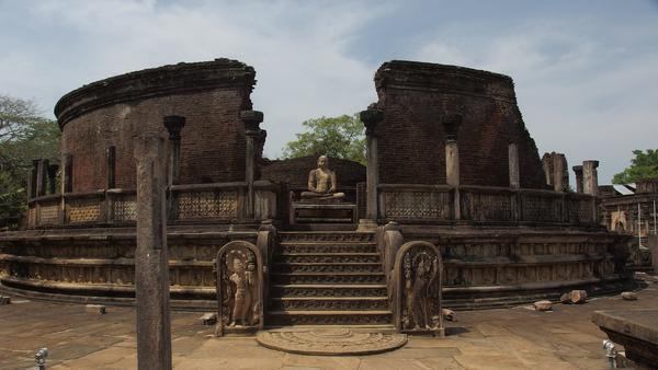 The Sacred Quadrangle - Polonnaruwa